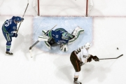 Canucks Dominated by Ducks, Lose 4-2 on Sunday Night in Vancouver